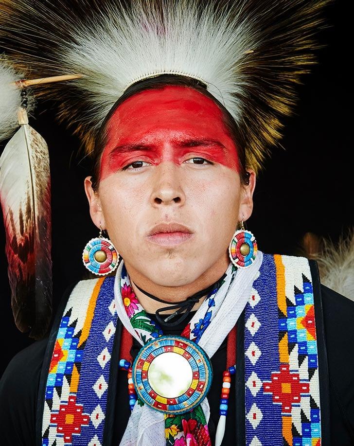 Powwow competitor